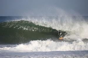 Kevin Olsen - photo www.shootsurf.com
